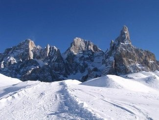 pale_di_san_martino_inverno